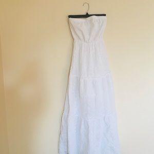 old navy / strapless eyelet lace maxi dress white
